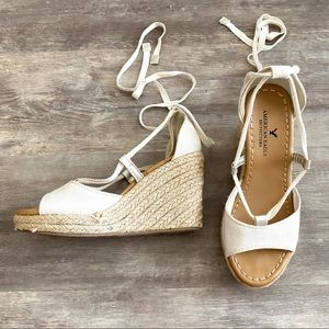 American Eagle 6 White Tie Espadrille Wedges Shoes
